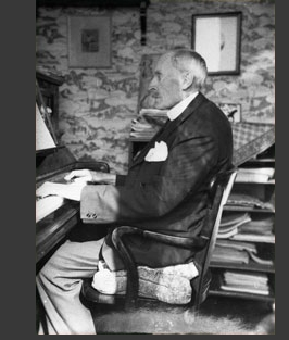 Romain Rolland au piano